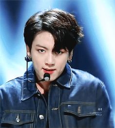 180610 #BTS wins first place in Inkigayo this week their Inkigayo's triple crown for 'FAKE LOVE'! congraats #FakeLove12thWin  #JUNGKOOK