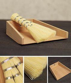 Chiritori (Dustpan & Broom)  Produced by Azmaya made in Japan - Made from Akita Cedar