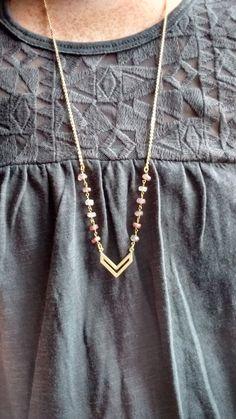 Collar de cadena larga de la flecha de oro mate por RIGJewelryCo