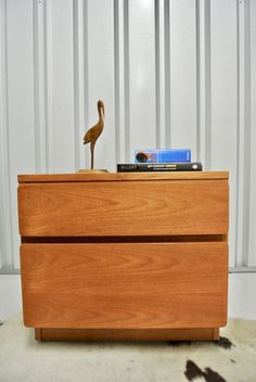Retro Vintage Beaver & Tapley Drawers Media Stand Side Table
