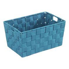 Mit diesem chicen Korb in strahlendem <b>Blau</b> bringen Sie Ordnung ins Badezimmer. Das praktische Accessoire mit einer Länge von ca. 30 cm bietet viel Platz, um Ihren Vorrat an Duschgel, Shampoo oder Seife stilsicher aufzubewahren. Ihr neuer <b>Aufbewahrungskorb</b>ist ebenso optimal für die Lagerung Ihrer Kosmetik geeignet. Gestalten Sie Ihr Badezimmer farbenfroh!