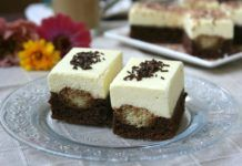 Un desert fin si delicios Hungarian Desserts, Hungarian Recipes, Turkish Recipes, Sweets Recipes, My Recipes, Cooking Recipes, Romanian Food, Cake Bars, Cloud Bread
