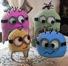 Googly Eye Hat PDF Crochet Pattern on http://www.ravelry.com/patterns/library/googly-eye-hat-2