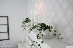 murgröna,ljus,ljusstake,vitt,hemnes,ikea,lantligt,lantligt sovrum,slitet Next Bedroom, Comfortable Couch, Hallway Inspiration, Beautiful Interior Design, Hemnes, Wooden Kitchen, Sweet Home, Living Room, Lion