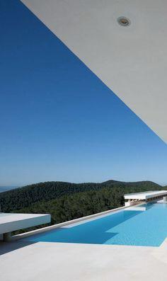 Bruno Erpicum | Can Koi | Ibiza, Spain #laloux.be