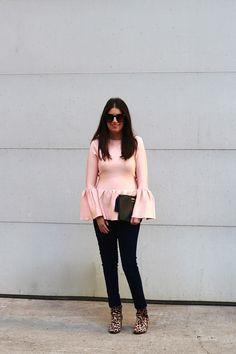 A CUTE & CASUAL VALENTINE'S DAY LOOK Girl Blog, Gold Coast, Spring Fashion, Valentines Day, Bell Sleeve Top, Spring Style, Casual, Cute, Pink