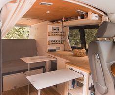 Volkswagen T5, T3 Vw, Minivan Camping, Van Conversion Interior, Camper Van Conversion Diy, Bus Interior, Campervan Interior, Combi Vw T2, Astuces Camping-car