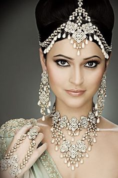 Indian Bridal Hair And Makeup. New bridal hair and makeup ideas ~ pak fashion, 20 indian bridal hair and makeupjpg. Pics photos indian wedding hair and makeup. Bridal Makeup Tips, Indian Bridal Makeup, Asian Bridal, Wedding Makeup, Bride Makeup, Hair Wedding, Bridal Beauty, Wedding Attire, Dress Wedding