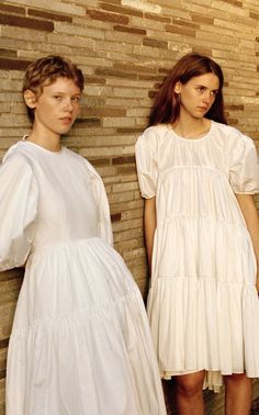 Plain White Dress, White Midi Dress, Midi Dress With Sleeves, Dress Skirt, Dress Up, Picnic Outfits, Poplin Dress, Light Brown Hair, Look At You