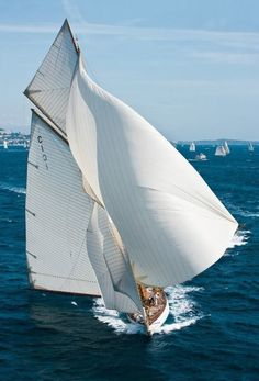 Yacht Charter with Captain and Crew or Bareboat Yacht Rental with Skipper. Luxury Yacht Vacations on ✓ Sailboat Hire ✓ Motoryacht ✓ Catamaran ▷ over 16000 boats Classic Sailing, Classic Yachts, Classic Boat, Yacht Boat, Yacht Design, Sail Away, Jet Ski, Wooden Boats, Wooden Sailboat