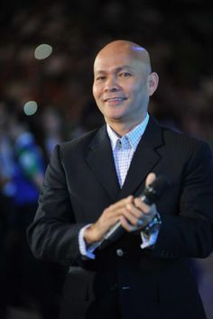 VFP Joseph Bismark looking good in a suit at V-Indonesia 2012.