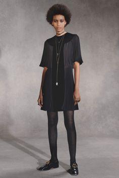 Christian Dior Pre-Fall 2018 Collection Photos - Vogue
