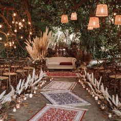 Many people believe that there is a magical formula for home decoration. You do things… Chic Wedding, Rustic Wedding, Dream Wedding, Arch Wedding, Chapel Wedding, Eco Wedding Ideas, Deco Boheme, Boho Stil, Wedding Ceremony Decorations