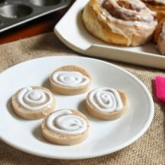Cinnamon Roll Jello Shots