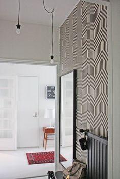 My home, part I – Auroran henkarit Interior Walls, Interior And Exterior, Interior Architecture, Modern Interior, Nina Campbell, Interior Design Inspiration, Home Decor Inspiration, Black And White Wallpaper, Black White