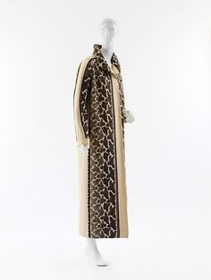 Coat (image 2)   House of Poiret   French   1923   wool   Metropolitan Museum of Art   Accession Number: C.I.64.7.2