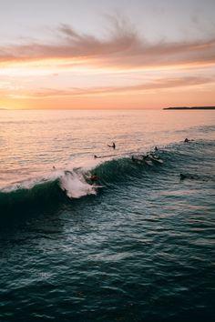 Surfs up sunset surf, summer sunset, summer vibes, summer beach, beach screensaver Beach Aesthetic, Summer Aesthetic, Summer Vibes, Photos Voyages, Surfs Up, Photo Instagram, Disney Instagram, Aesthetic Pictures, Belle Photo