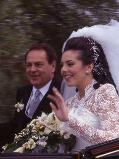 0e0ffafac Así fue la primera boda de Rocío Carrasco