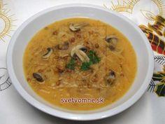 Vianočná šošovica s kapustou a hubami • Recept   svetvomne.sk Cheeseburger Chowder, Thai Red Curry, Ham, Ethnic Recipes, Food, Hams, Essen, Meals, Yemek