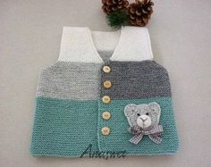 Hand knit baby vest /cardigan / with Teddy.Unisex baby Hand knit baby vest /cardigan / with Teddy. Baby Knitting Patterns, Hand Knitting, Crochet Baby Cardigan, Knit Vest, Baby Sweaters, Wool Yarn, Baby Dress, Free Pattern, Unisex Baby