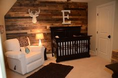 Little baby boy's room- I like the plank wall