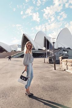 Sydney Opera House I Australia http://www.ohhcouture.com/2017/04/weekly-update-48/ #leoniehanne #ohhcouture