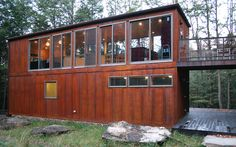 I would totally live in a conex / shipping container house!