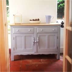 Kitchen hallway Ercol sideboard, pretty storage solution discovered at Mimi in Hartley Wintney #blue