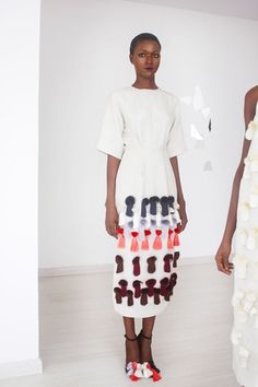 Maki Oh Fall 2014 Ready-to-Wear Collection. White and Colour. #AfricanFashion #AfricanStyle #Model