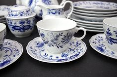 (4) Vtg Retsch & Co Wunsiedel Blue Onion Cups & Saucers Bavaria Porcelain  | Pottery & Glass, Pottery & China, Art Pottery | eBay!