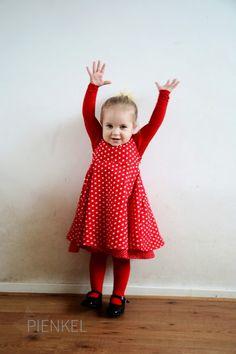 Red Secret Garden Dress, sewn by Pienkel Girls Secrets, Garden Dress, Girl Birthday, The Secret, Summer Dresses, Peppa Pig, Sewing, Pattern, Fashion