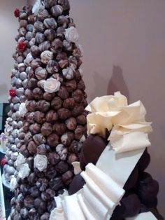 wedding cakes abergavenny on location service setting up a croquembouche wedding 23758