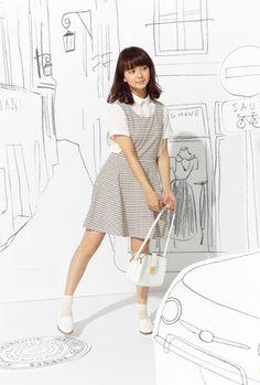 多部未華子 Pretty Asian Girl, Blue Back, School Uniform Girls, Japan Girl, Cute Beauty, American Women, Asian Fashion, Asian Woman, Asian Beauty