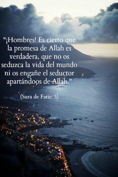Quran; Coran; Corán; Allah; Islam; Mar; Mundo