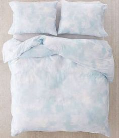 21 Dorm Bedding Ideas By Color - Society19