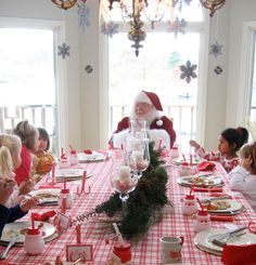 Breakfast with Santa birthday party... how adorable would this be for a December birthday?!  I would of loved this as a kid