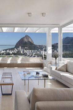 【西海岸】ビーチサイドにあるモダンカリフォルニアスタイルの豪邸 | SCRAP