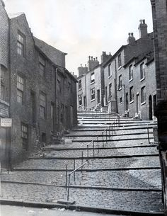 Stockport Image Archive crowther street 1960s