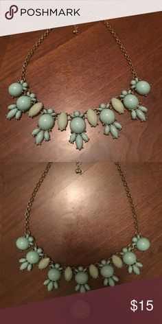 Vintage mint collar necklace Mint & lime beads, perfect for Spring or Summer! Vintage Jewelry Necklaces