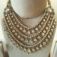 Price For Gold Jewelry Indian Jewelry Sets, Silver Jewellery Indian, Indian Wedding Jewelry, Indian Accessories, India Jewelry, Indian Bridal, Jewelry Accessories, Fashion Accessories, Jewelry For Her