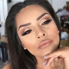Makeup/hair/gorg/lips