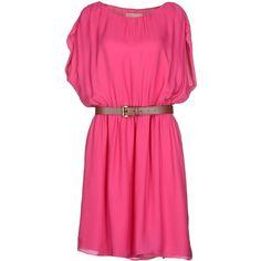Michael Michael Kors Short Dress (6.805 UYU) ❤ liked on Polyvore featuring dresses, fuchsia, fuchsia dress, short sleeve cocktail dress, mini dress, fuschia dress and pink mini dress