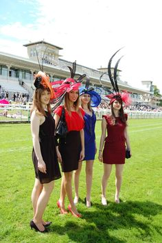 PRIX DE DIANE 2013 : plongée en photos dans un monde d'élégance ! - Les chapeaux d'ATELIER B ... 02 35 95 62 01 ....................... varnier.brigitte@wanadoo.fr