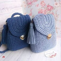 Marvelous Crochet A Shell Stitch Purse Bag Ideas. Wonderful Crochet A Shell Stitch Purse Bag Ideas. Crochet Handbags, Crochet Purses, Knitting Patterns, Crochet Patterns, Knit Crochet, Crochet Hats, Crochet Birds, Crochet Baskets, Crochet Food