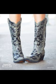 Pretty. Country Outfitters