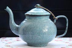 Emaille theepot blauw  blue enamel teapot