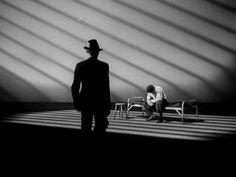 THE DARK BEAUTY OF FILM NOIR IN 50 SHOTS – Film School Rejects