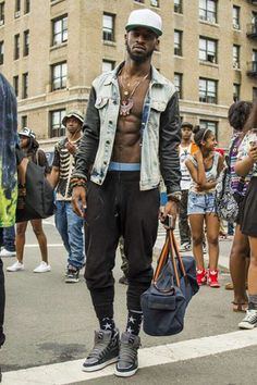#NewYork #streetstyle. Would you roll with the no t shirt look?