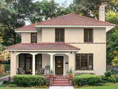 HGTV Magazine took a spin through neighborhoods all around the U.S. and found eye-catching houses worth a closer look.