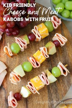 Looking for something new to pack for school lunches? These fun and easy Lunchbox Turkey & Ham Skewers will have your kids jumping for joy at lunch time! Loaded with sliced turkey, ham, fruit and cheese, these will be your kids new lunchbox favorite! Healthy Lunches For Kids, Quick Healthy Meals, Healthy Eating Recipes, Snacks Recipes, Healthy Sweets, Easy Snacks, Healthy Cooking, Healthy Food, Turkey Ham